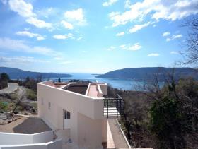 Image No.3-Villa / Détaché de 3 chambres à vendre à Herceg Novi