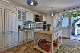 Image No.3-Villa de 5 chambres à vendre à Becici