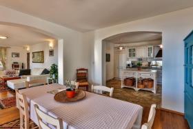 Image No.2-Villa de 5 chambres à vendre à Becici