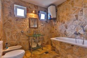 Image No.19-Villa de 5 chambres à vendre à Becici