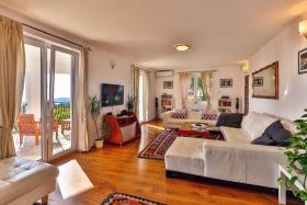 Image No.20-Villa de 5 chambres à vendre à Becici