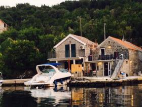 Image No.1-Maison de 1 chambre à vendre à Tivat