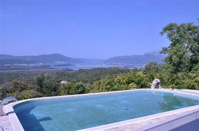 1600-Villa-for-sale-in-Kavac--1-of-1-