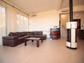 Image No.8-Maison / Villa de 3 chambres à vendre à Kavac