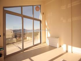 Image No.12-Maison / Villa de 3 chambres à vendre à Kavac