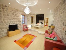 Kotor, Apartment