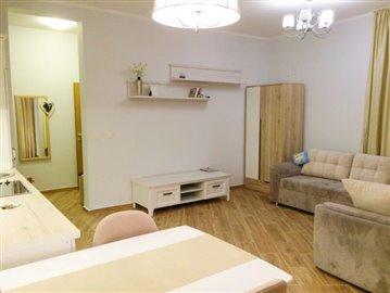 002-House--8--1-floor--STUDIO-70-21-m2-_1067x800