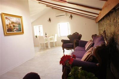 duplex-apartment-in-the-old-town-of-budva-6934--10-