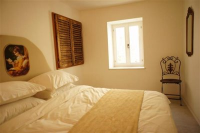 duplex-apartment-in-the-old-town-of-budva-6934--12-