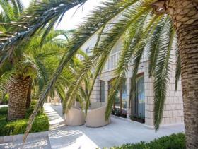 Image No.2-Villa de 4 chambres à vendre à Tivat