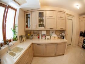 Image No.3-Villa de 4 chambres à vendre à Tivat