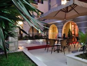 Image No.5-Un hôtel de 20 chambres à vendre à Petrovac