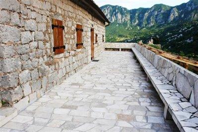old-estate-in--Skadar-lake-6683-28-
