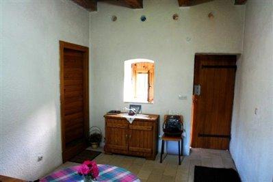 old-estate-in--Skadar-lake-6683-30-