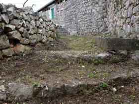 Image No.1-Terrain à vendre à Kotor