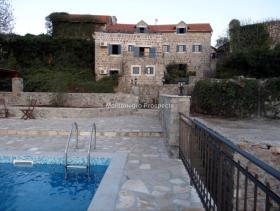 Image No.4-Maison / Villa de 7 chambres à vendre à Tivat