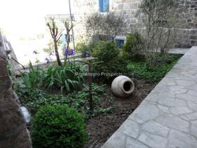 Image No.10-Maison / Villa de 7 chambres à vendre à Tivat