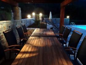 Image No.12-Maison / Villa de 7 chambres à vendre à Tivat