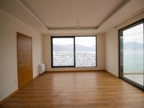 Image No.4-Villa de 3 chambres à vendre à Tivat