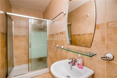beautiful-villa-in-Perast-8113--3-