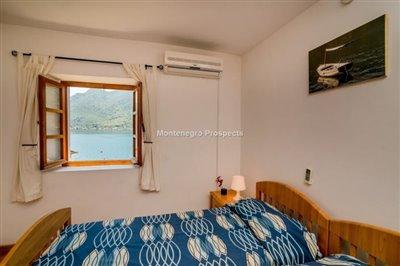 beautiful-villa-in-Perast-8113--6-