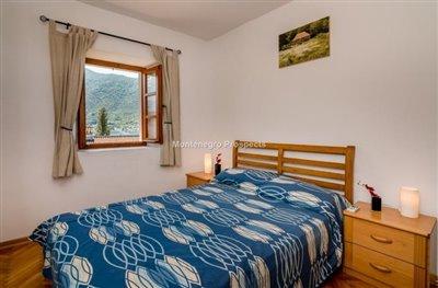 beautiful-villa-in-Perast-8113--11-