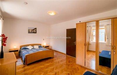 beautiful-villa-in-Perast-8113--18-