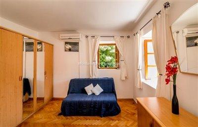 beautiful-villa-in-Perast-8113--19-