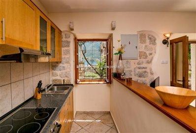 beautiful-villa-in-Perast-8113--22-