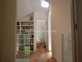 Image No.5-Maison de 2 chambres à vendre à Kotor