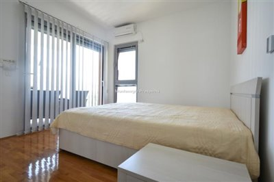 two-bedroom-apartment-in-a-complex-with-a-pool-2106--9-