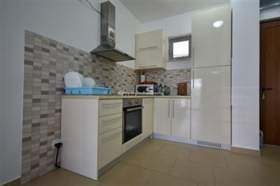 two-bedroom-apartment-in-a-complex-with-a-pool-2106--16-