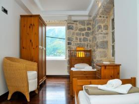 Image No.7-Maison / Villa de 4 chambres à vendre à Perast