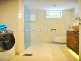 Image No.9-Maison / Villa de 4 chambres à vendre à Perast