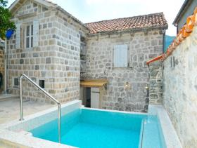 Perast, House/Villa