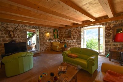 stunning-villa-in-Prcanj-for-sale-6
