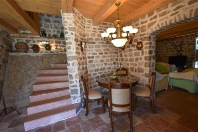 stunning-villa-in-Prcanj-for-sale-31