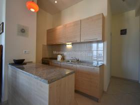 Image No.6-Appartement de 2 chambres à vendre à Dobrota