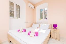 Image No.3-Penthouse de 2 chambres à vendre à Kotor