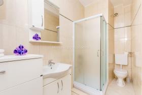 Image No.10-Penthouse de 2 chambres à vendre à Kotor