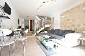 Image No.2-Maison de ville de 2 chambres à vendre à Kotor