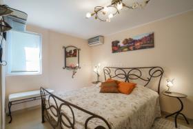 Image No.4-Villa de 4 chambres à vendre à Prcanj