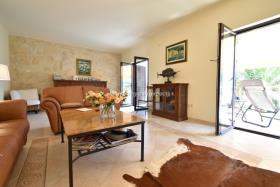 Image No.3-Maison / Villa de 4 chambres à vendre à Prcanj