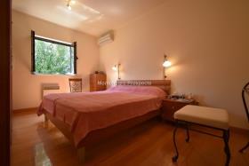 Image No.6-Maison / Villa de 4 chambres à vendre à Prcanj