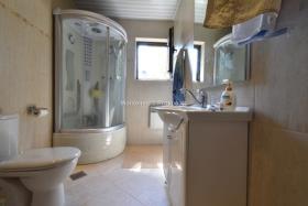 Image No.8-Maison / Villa de 4 chambres à vendre à Prcanj