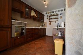 Image No.14-Maison / Villa de 4 chambres à vendre à Prcanj