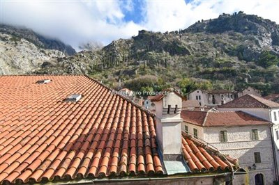Kotor-old-town-apartment-for-sa--1-of-1--15