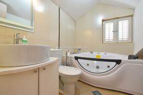 Image No.16-Appartement de 3 chambres à vendre à Kotor