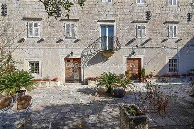 Stone-villa-in-Kotor--1-of-1--22
