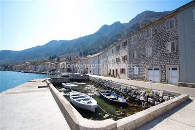Stone-house-with-four-apartments-in-Kotor--1-of-1--64